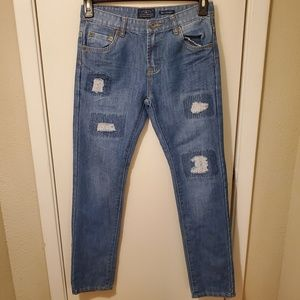 Lucky Brand Billy Straight Distressed Patch Jeans